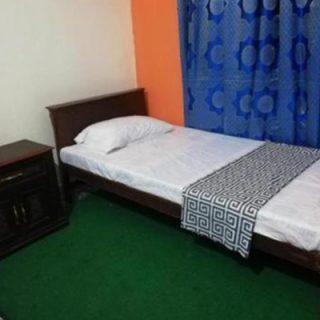 girls-hostel-single-bed